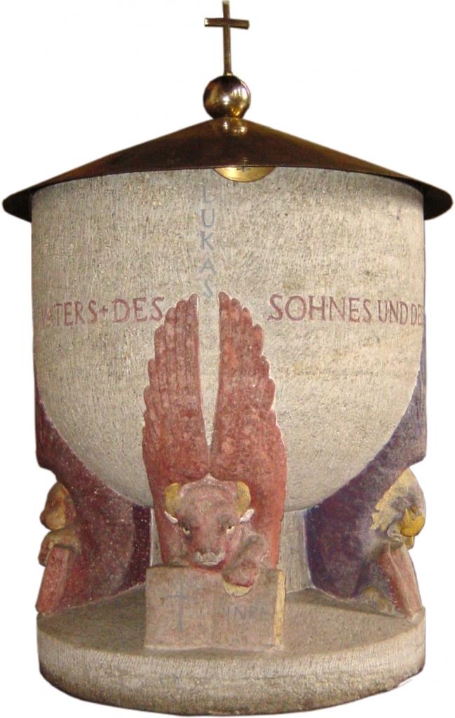 Taufstein Lukasseite
